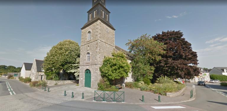 Place du village Quévert